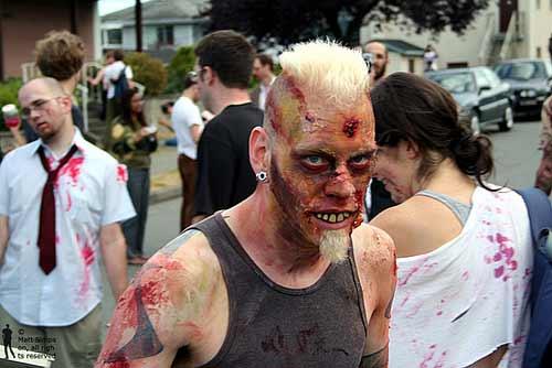 Какой то парад зомби в ванкувере 15