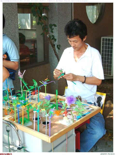 幼儿园手工制作:筷子手工坦克和飞机