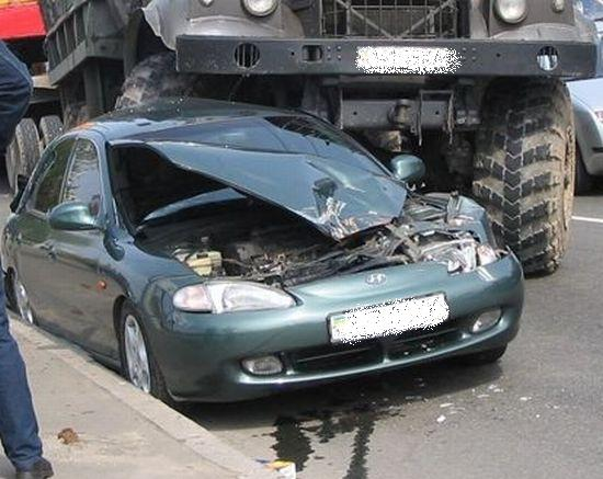 Hyundai crash