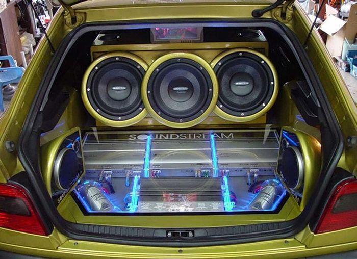 пение за рулем, музыка в авто