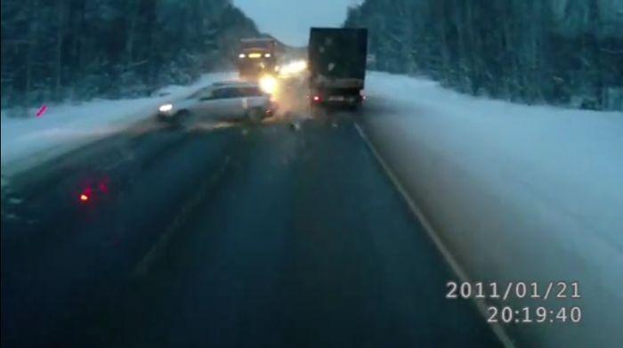 авария, авария дня, авто авария, дтп, жесть, ребенок на дороге