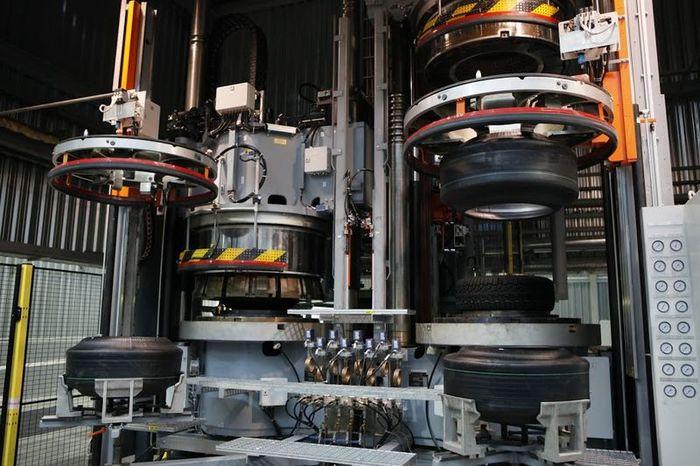 производство шин, завод, автомобильная шина