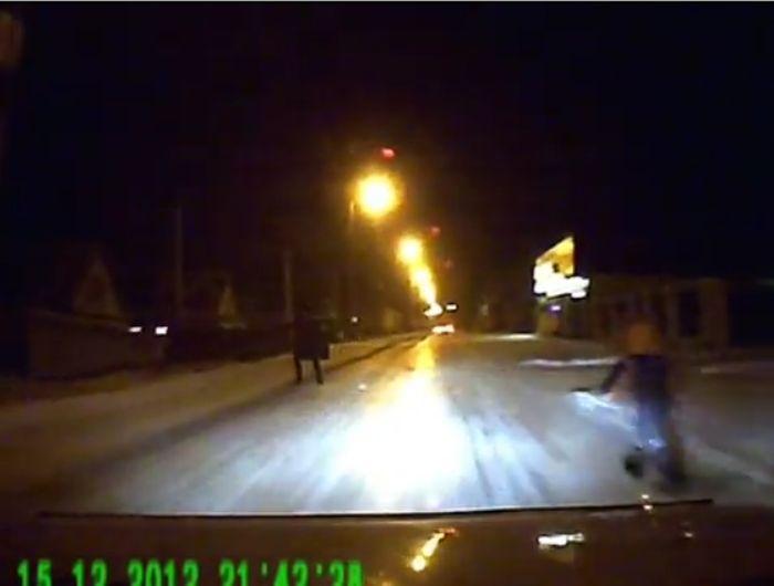 тупой пешеход, тп, родители, ребенок на дороге, сбил пешехода, наезд на пешехода