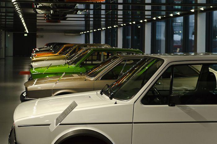 автовыставка, выставка ретро-авто, музей, ретро-авто