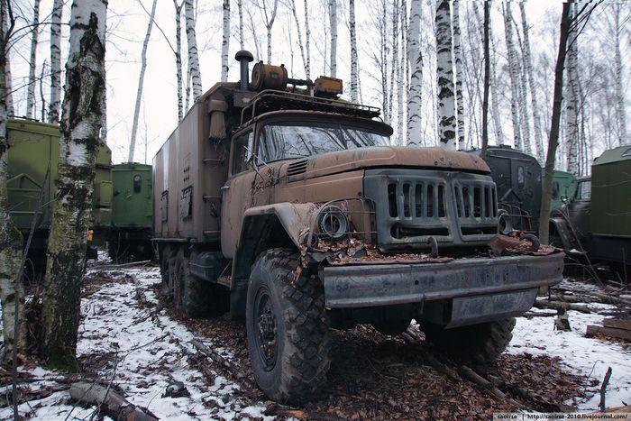 военная техника, военный автомобиль, кладбище техники