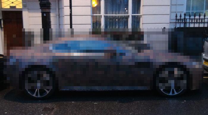 aston martin vantage v12, необычный цвет, раскраска машины, цвет авто