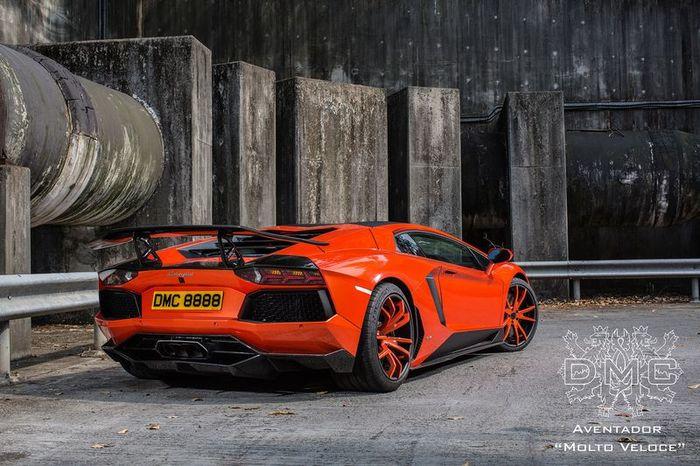 Lamborghini Aventador зарядили в ателье DMC (17 фото)
