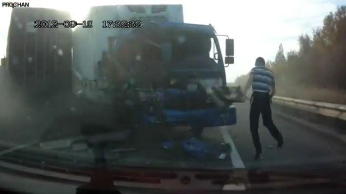 Авария дня часть 737 (фото+видео)