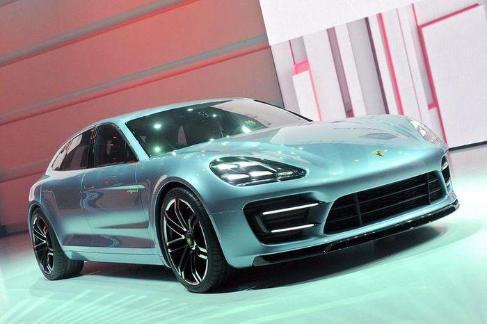 Первые живые фото Porsche Panamera в кузове Shooting Brake (29 фото+видео)