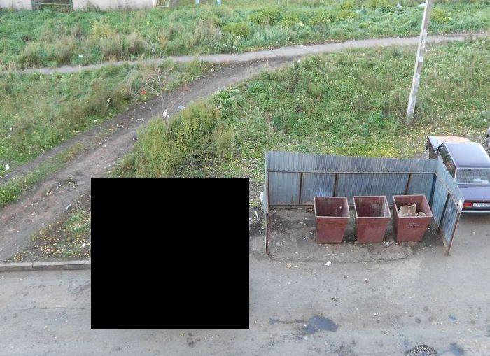 Коварные мусорщики мстят за неправильную парковку (фото)