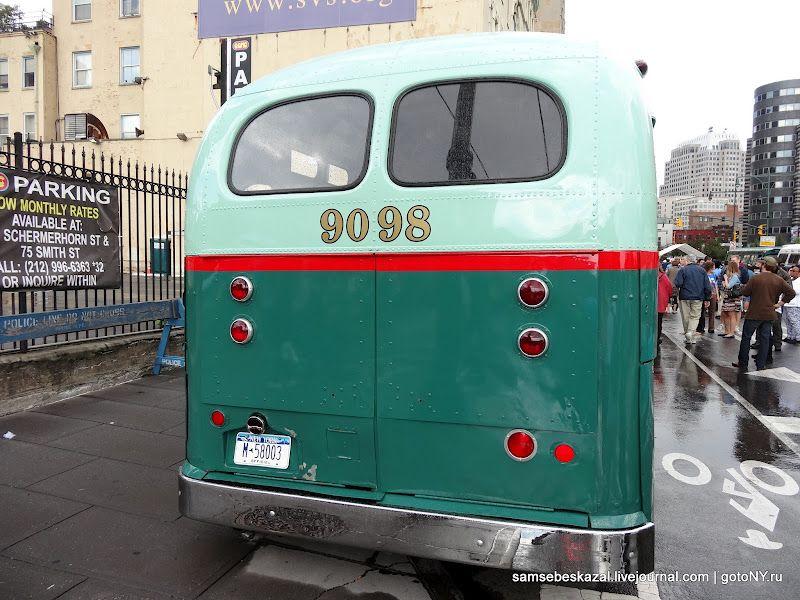 Нью-Йоркский фестиваль автобусов (83 фото)