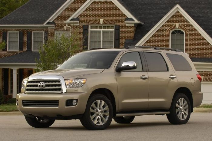 Компания Toyota отзывает 7,43 млн. автомобилей по всему миру (3 фото)