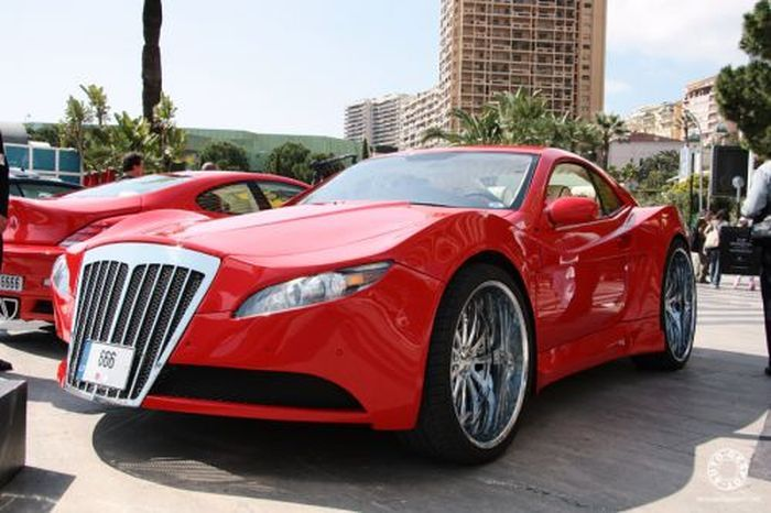 Машина дьявола Mercedes CL500 AG Excalibur продается на аукционе (53 фото)