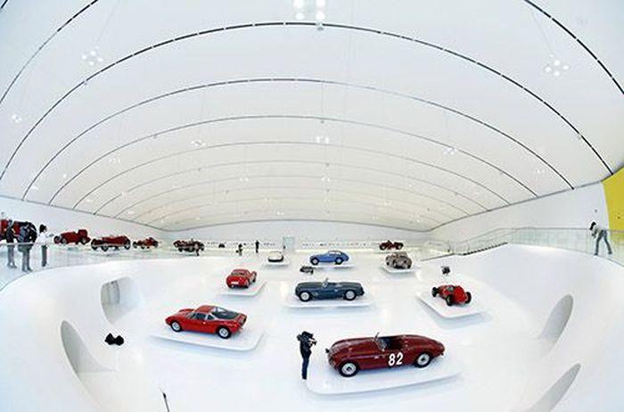 10 музеев при автогигантах, в которых надо побывать (10 фото)