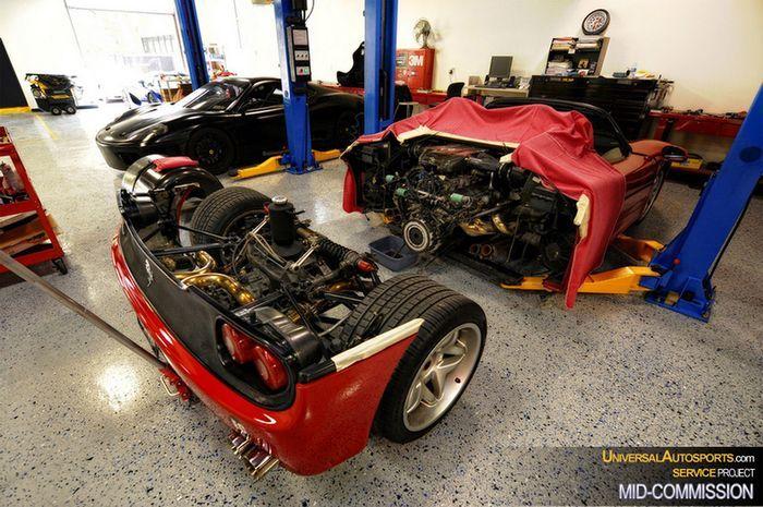 Сколько стоит замена сцепления на Ferrari F50? (14 фото+2 видео)