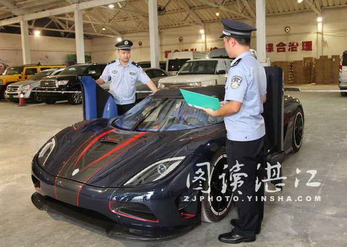 Китайские таможенники конфисковали уникальный гиперкар Koenigsegg Agera R BLT (21 фото)