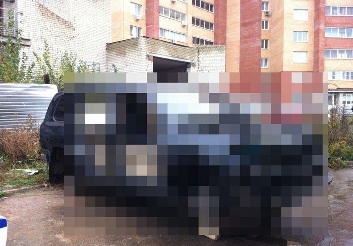 Необычное происшествие с автомобилем в Тольятти (9 фото)