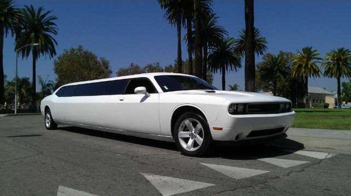 Dodge Challenger в необычном виде - лимузин (35 фото)