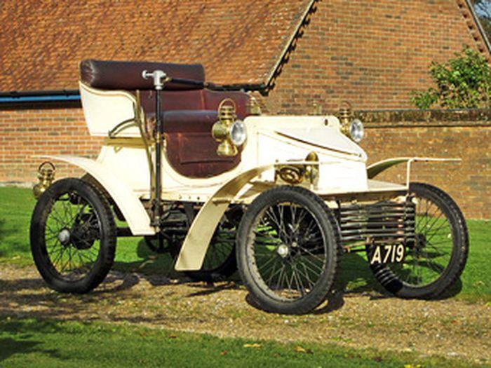 Самый старый в мире Vauxhall уйдет с молотка (4 фото)