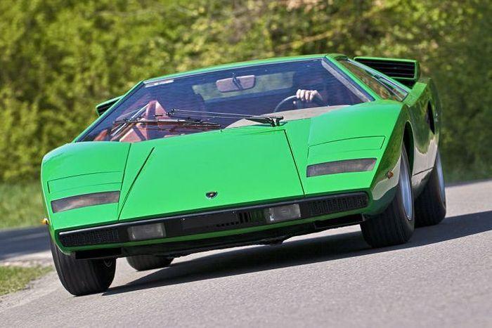 Lamborghini Countach - классика строения спорт-каров (15 фото)
