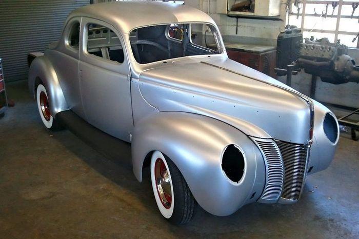 Компания Ford возобновит выпуск кузовов Ford Coupe образца 1940 года (8 фото+видео)