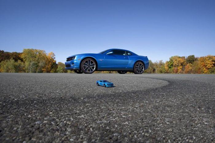 Реальный Chevrolet Camaro в стиле игрушечной модели Hot Wheels (20 фото+видео)