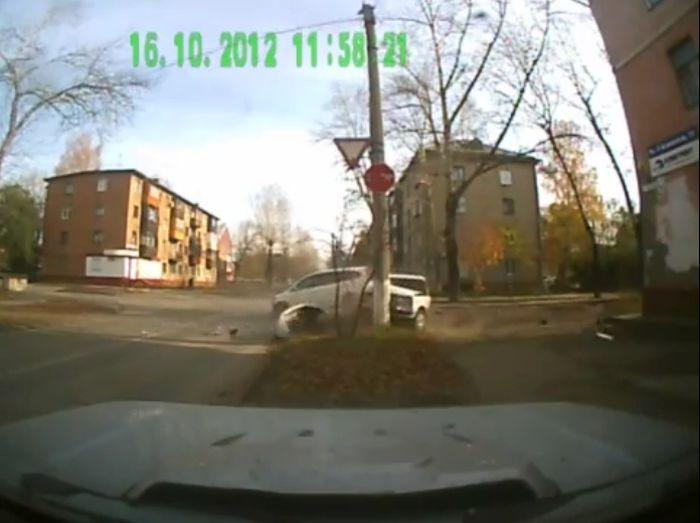 Авария дня часть 790 (фото+видео)