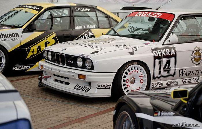 Фотоотчет с  AvD-Oldtimer-Grand-Prix в Нюрбургринге (198 фото)