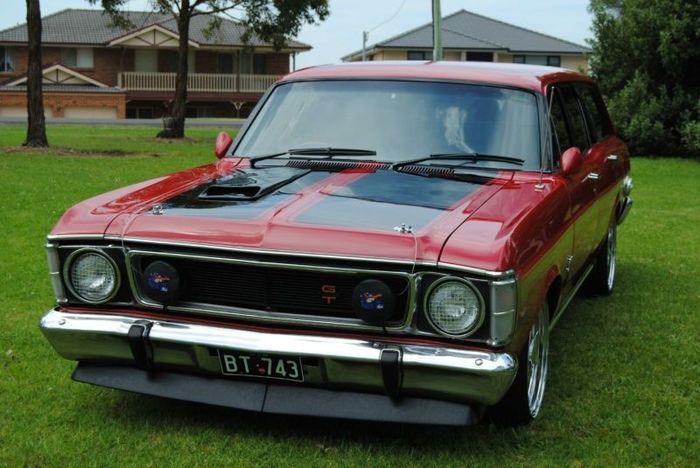 Найдено на Ebay.  Ford Falcon GT Wagon (12 фото)