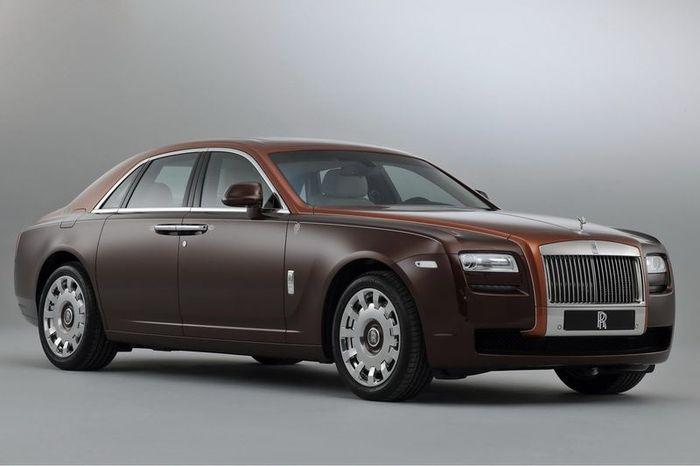 Компания Rolls-Royce покажет три новых версии модели Ghost (24 фото)