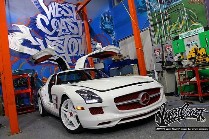 West Coast Customs затюнили Mercedes-Benz SLS AMG для репера Tyga (17 фото+видео)