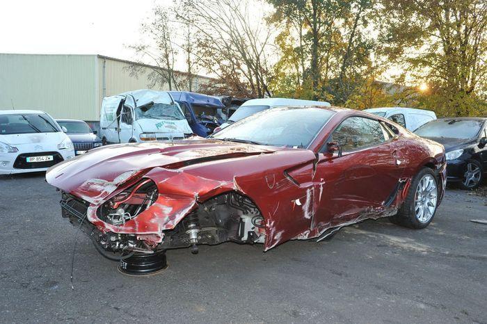 Найдено на Ebay. Разбитый Ferrari 599 GTB Cristiano Ronaldo (12 фото)