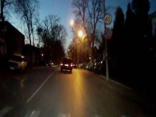 Пьяный водитель Волги протаранил полицию