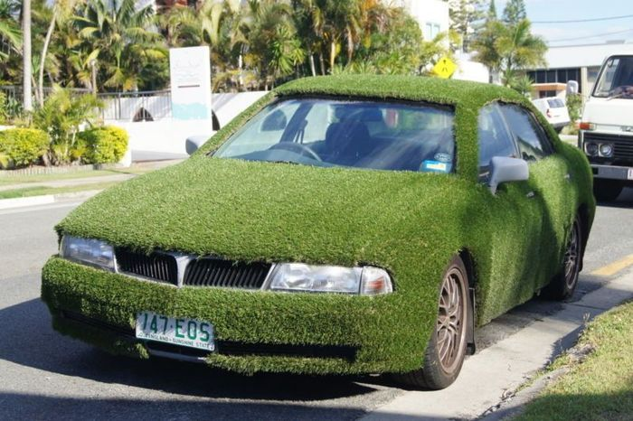 найдено на ebay,   продажа авто, самоделкин, лужайка на авто, mitsubishi magna