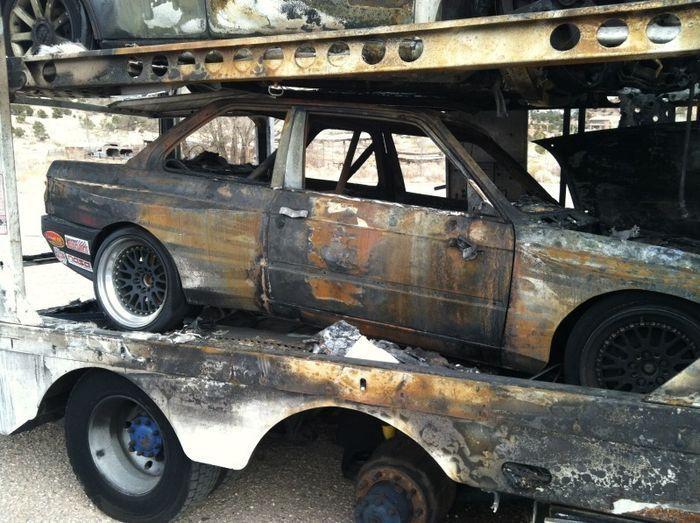 машина сгорела, bmw e30