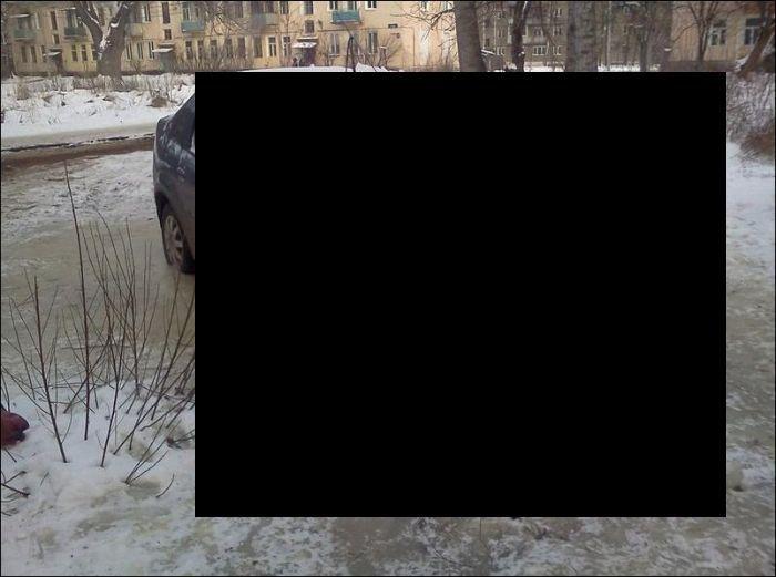 renault logan, противоугонка, машина во льду