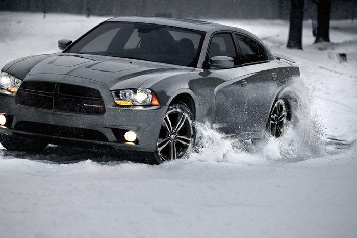 Dodge анонсировал модель Charger AWD Sport