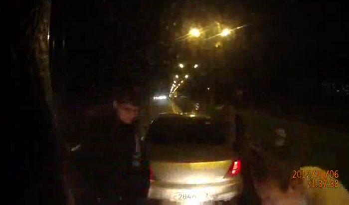 нападение, дорожные разборки, драка на дороге, беспредел на дороге, дальнобойщик, фура, разбой
