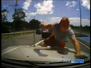 В Австралии тоже весело на дорогах
