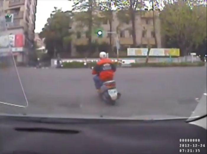 авария, авария дня, авто авария, дтп, жесть, авария мотоциклов, шлем