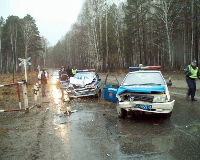 Дорожное движение в Челябинске (3 фото)