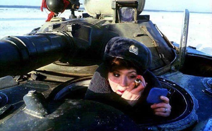 http://de.fishki.net/picsw/012008/30/tank/42_tank.jpg