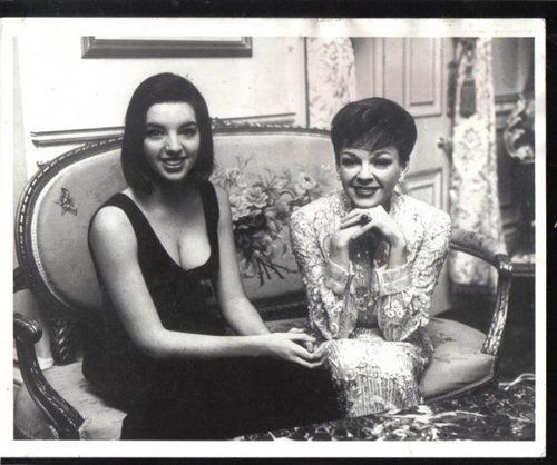Liza Minnelli and her mother Judy Garland