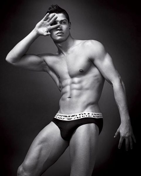 Красавчик Cristiano Ronaldo (6 фото)