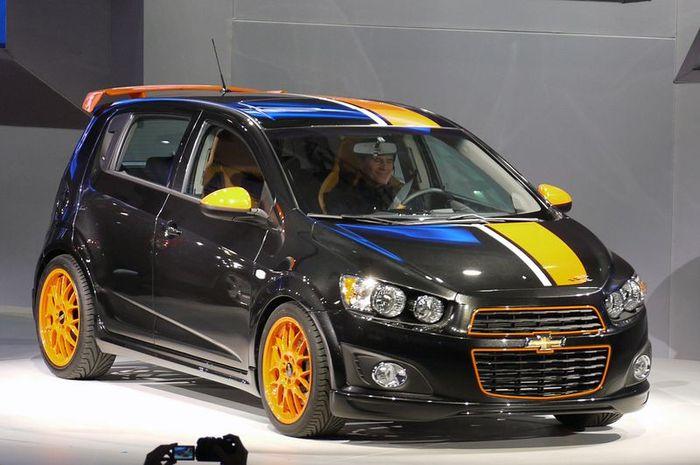 Chevrolet Sonic - заряженная версия Z-Spec Concept (15 фото+видео)