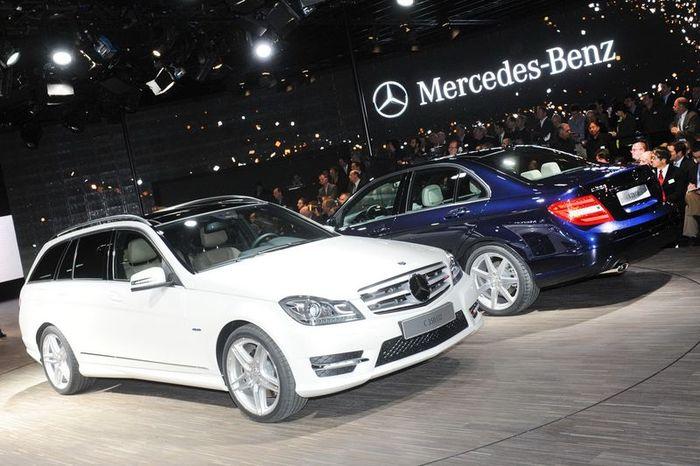Компания Mercedes показала в Детройте обновленный C-class (21 фото)