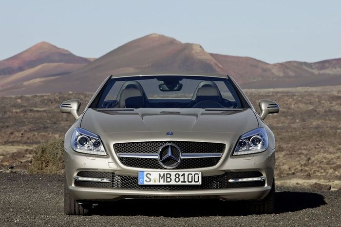Mercedes официально представил новый кузов SLK (36 фото+видео)