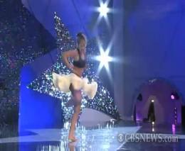 Адское падение девушки на шоу талантов