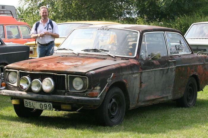 Volvo 142 в стиле rat-look (3 фото)