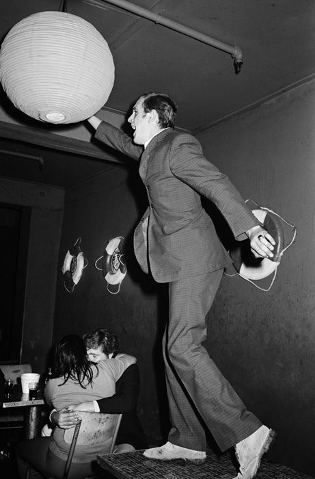 Что видит охранник работая в ночном клубе... (43 фото)